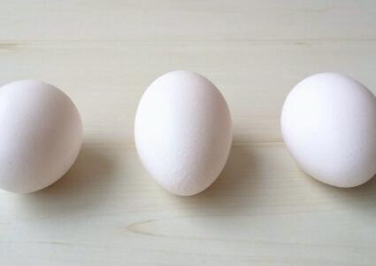 卵のカラ発見!